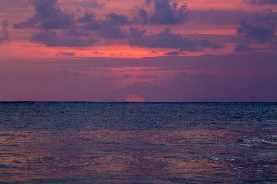 Sunset in Zicatela Beach - Puerto Escondido - Oaxaca - Boundless Roads
