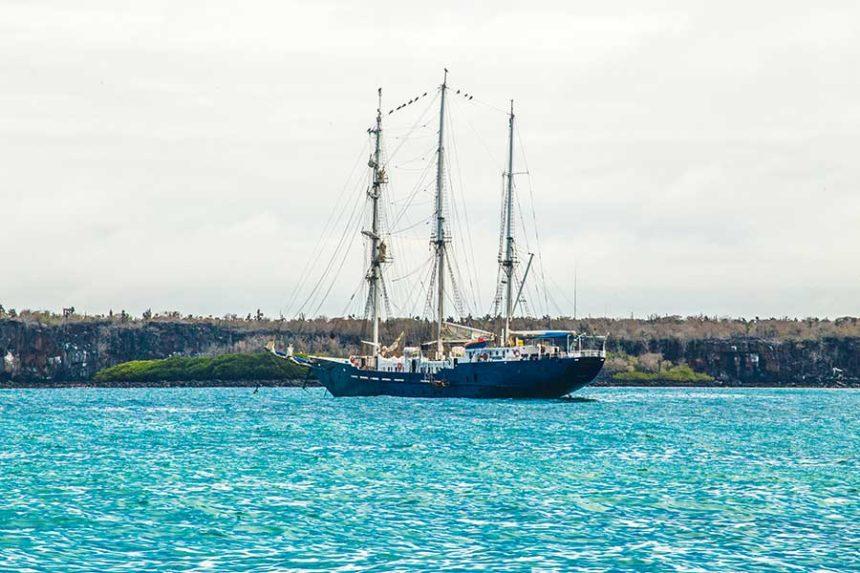 Galapagos packing list - boat in the santa cruz bay galapagos