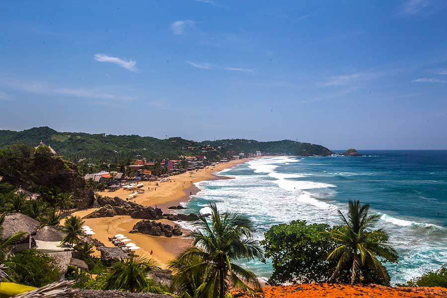 Zipolite beach - Boundless Roads