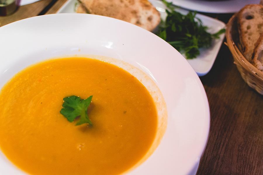 vegan-pumpkin-soup