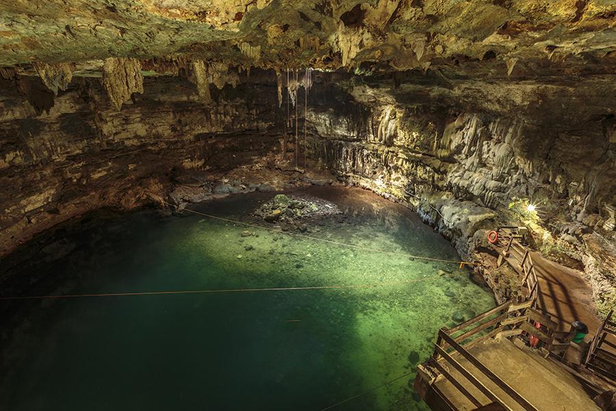 Cenote x'ka'ken - sinkhole
