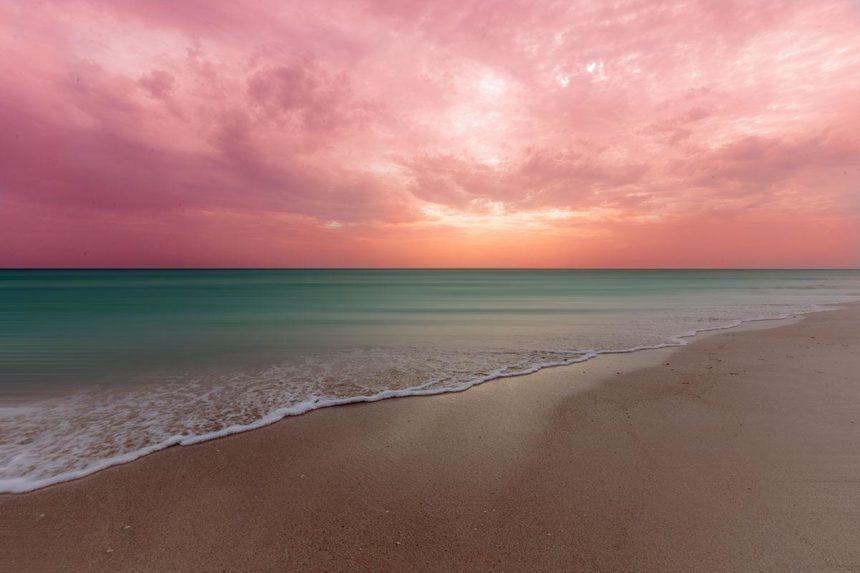 El cuyo beach at sunrise