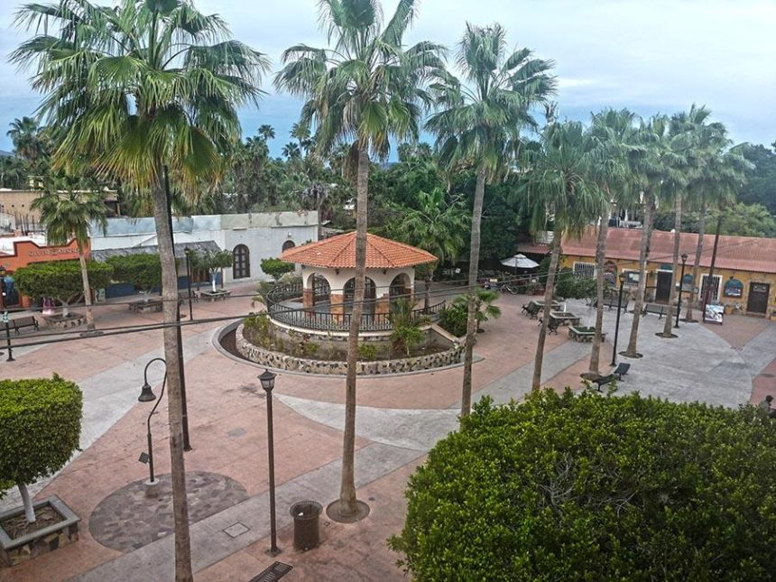 Things to do in Loreto - Plaza