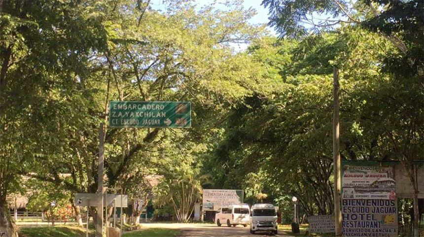ON THE WAY TO THE EMBARCADERO TO SEE YAXCHILAN