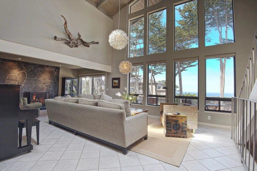 beach house living room with screen windows