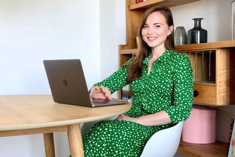 girl at a desktop