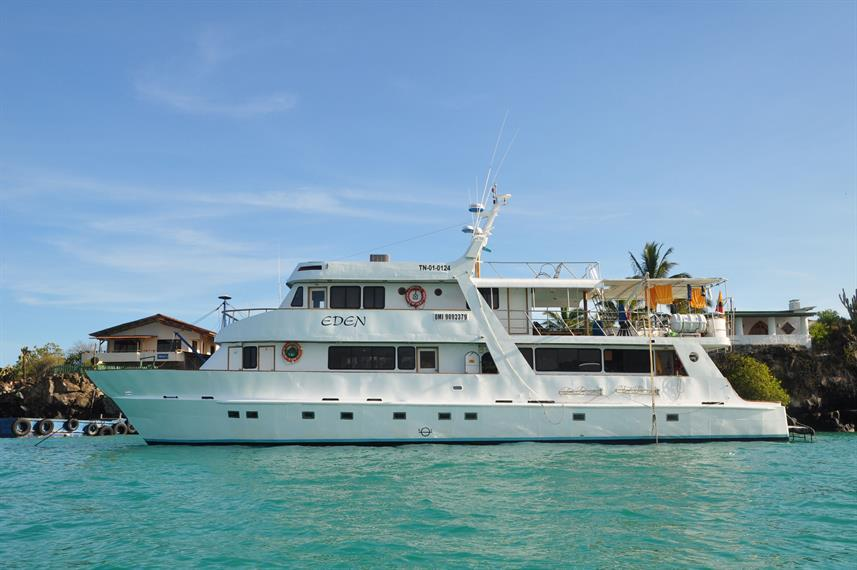 Eden boat cruise overview - Galapagos cruises