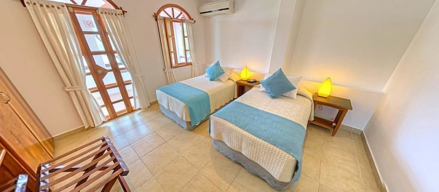 Galapagos suites room twin bed