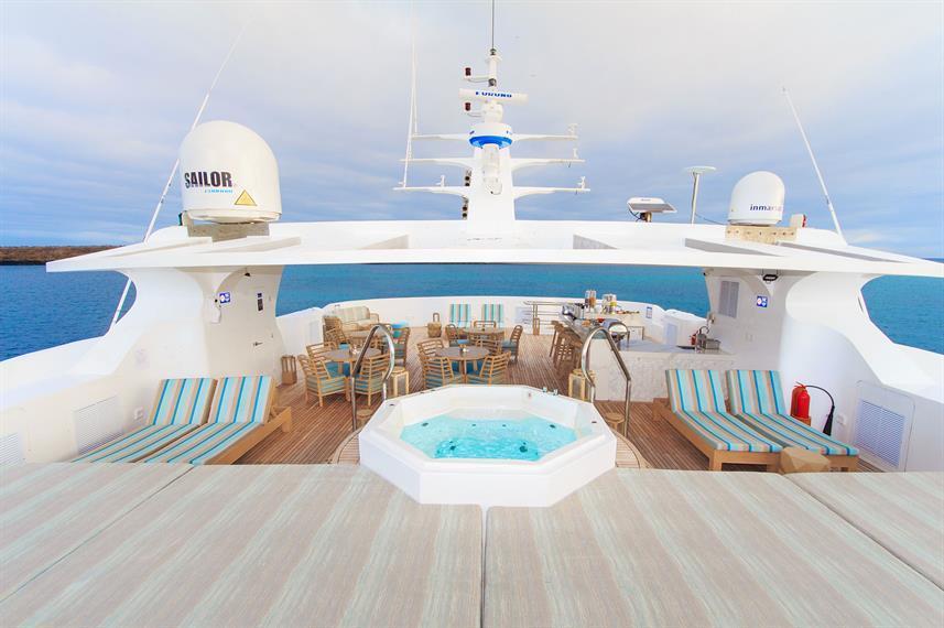 boat sun deck