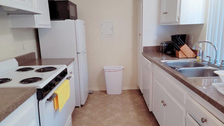 Airbnb near Disneyland kitchen