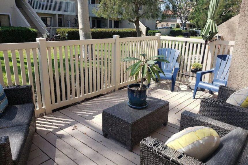 HB hideaway verandah - Orange County