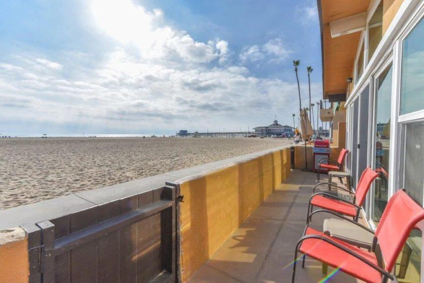 new port beach apartment balcony