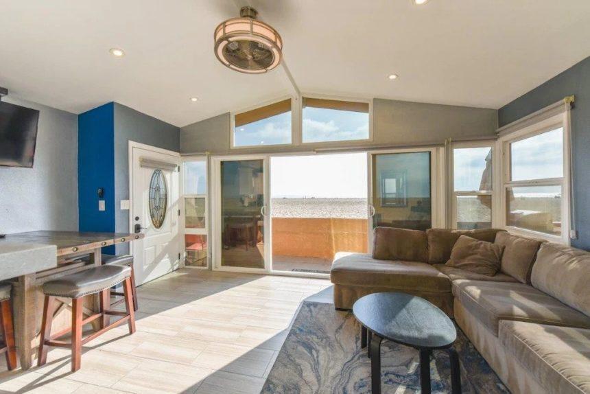 new port beach apartment living