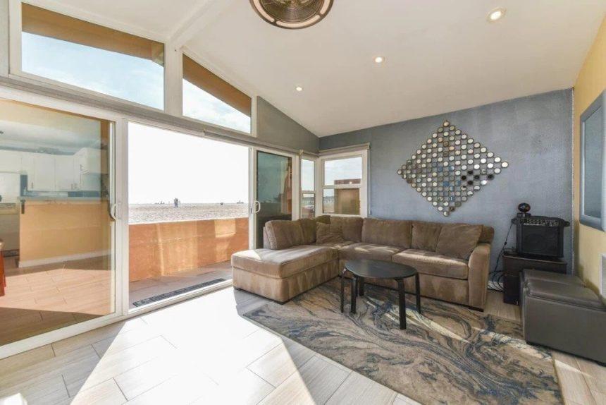 new port beach apartment sofa