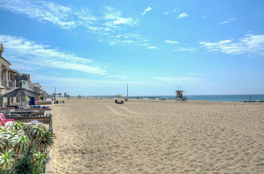 Newport beach studio beach