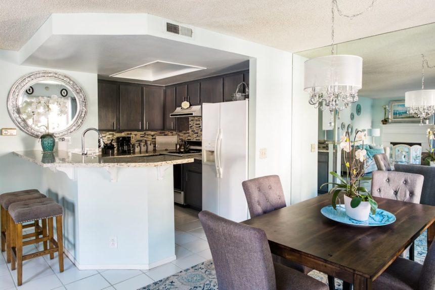 Orange County airbnb glamorous - dining