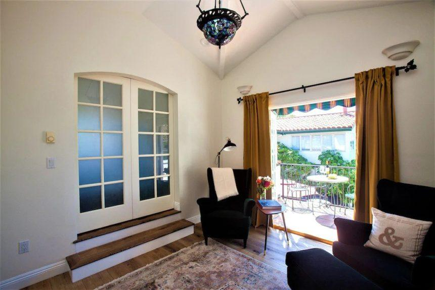 Garden Cottage balcony