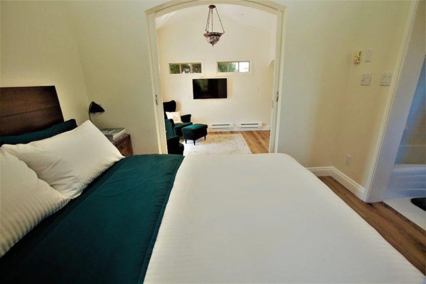 garden cottage bedroom