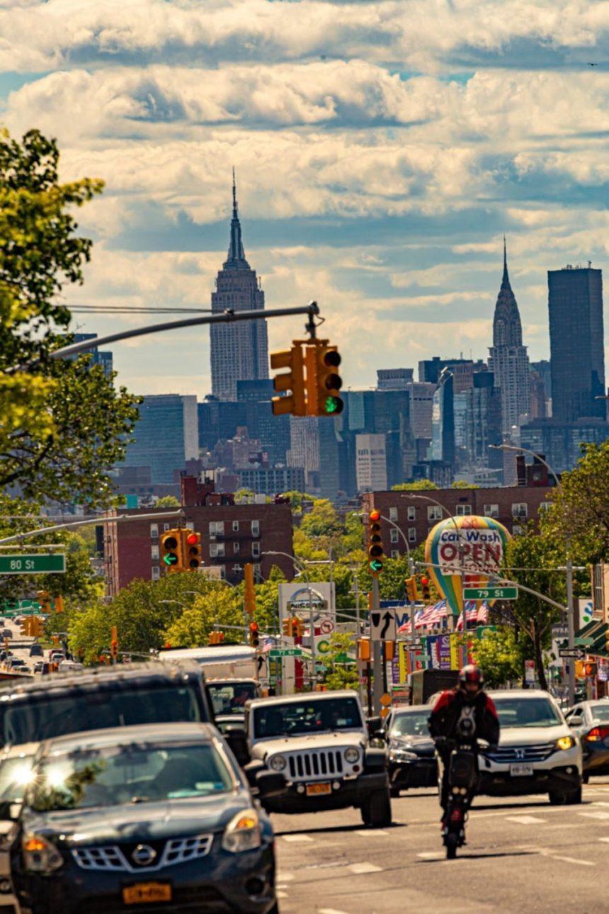 manhattan skyline from Northern boulevard in Queens New York