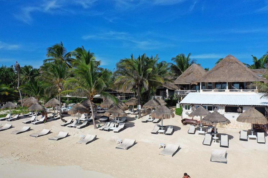 Villas las estrellas front beach