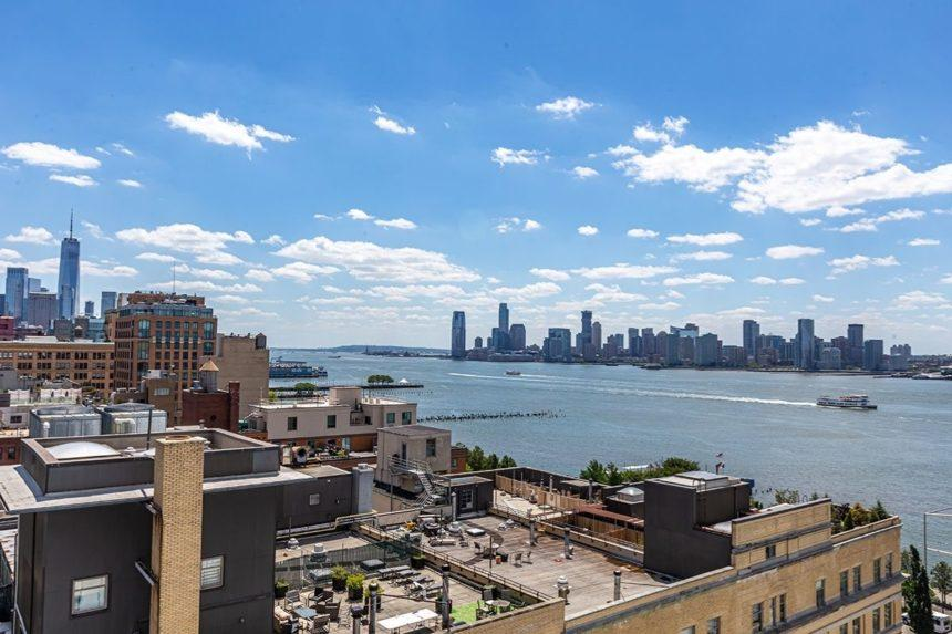 hudson river views from the whitney museum