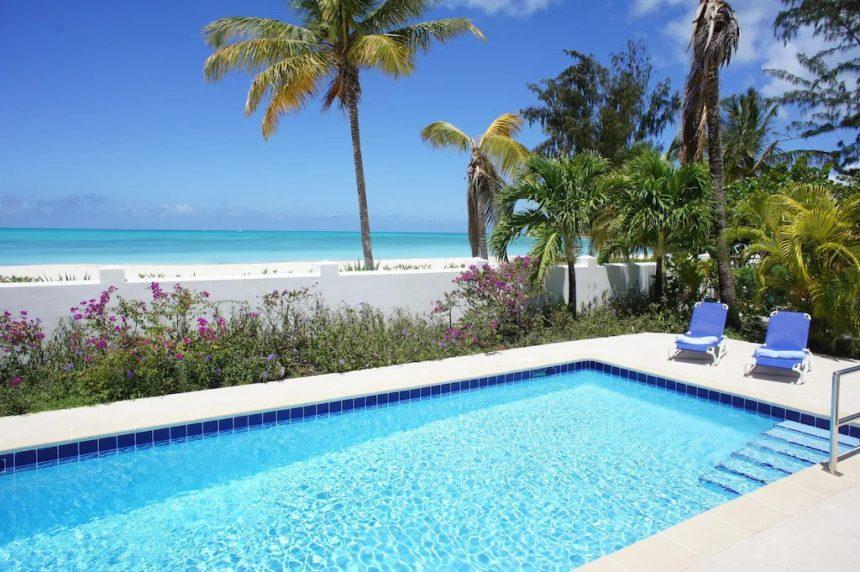 beach front villa pool