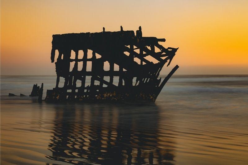 Peter Iredale Shipwrek