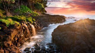 Queen bath in Kauai at sunset