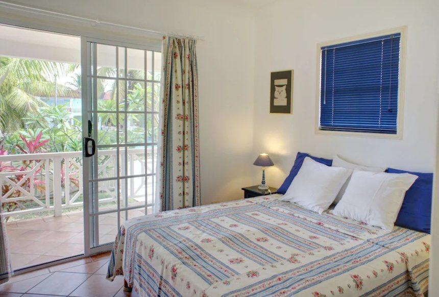 beach front villa bedroom