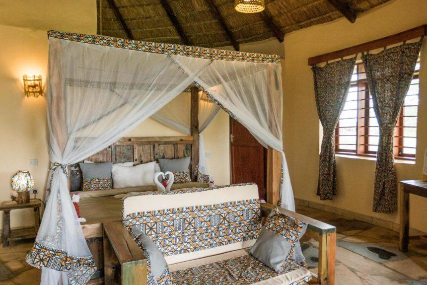 Lake Manyara Safari camp - luxury room