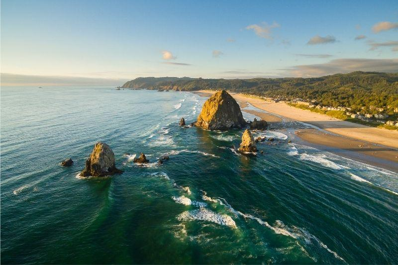 Overview of the Cannon beach coast line