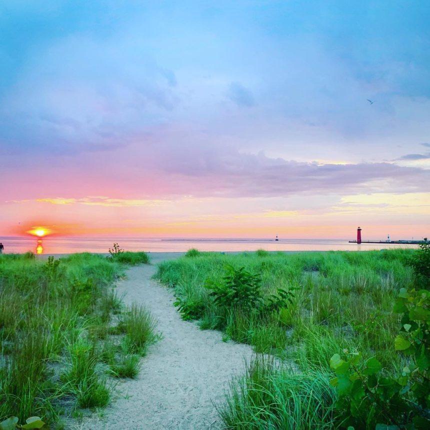 Simmons island park sunrise