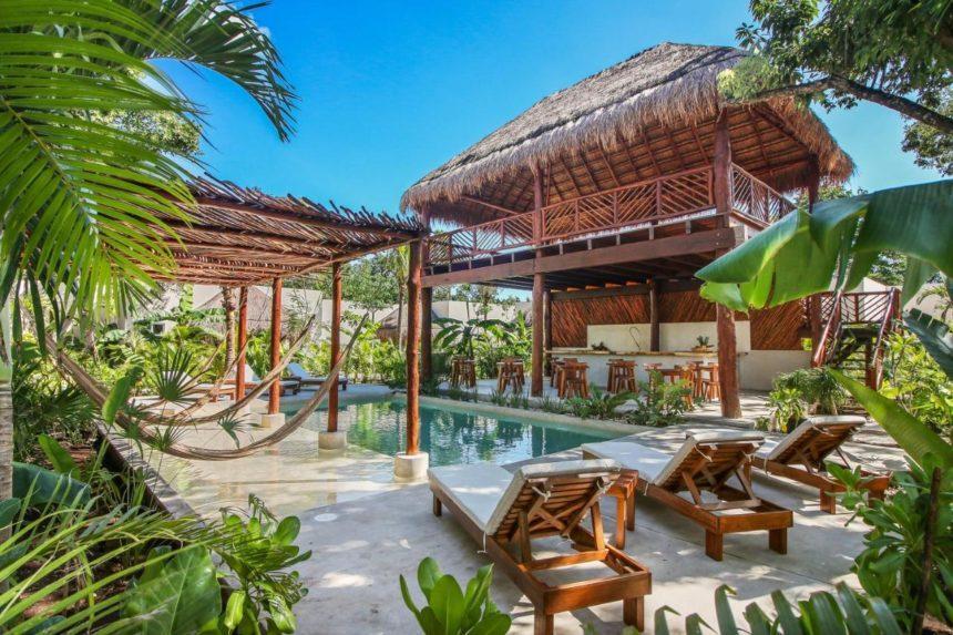 zenses hotel pool