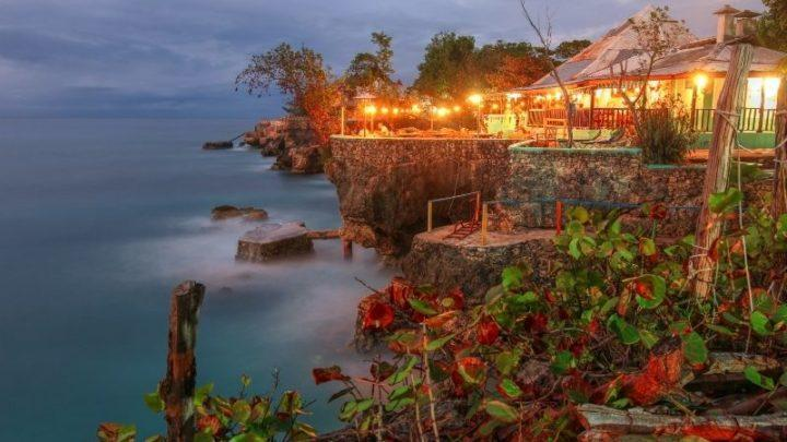 restaurant on a cliff in Negril