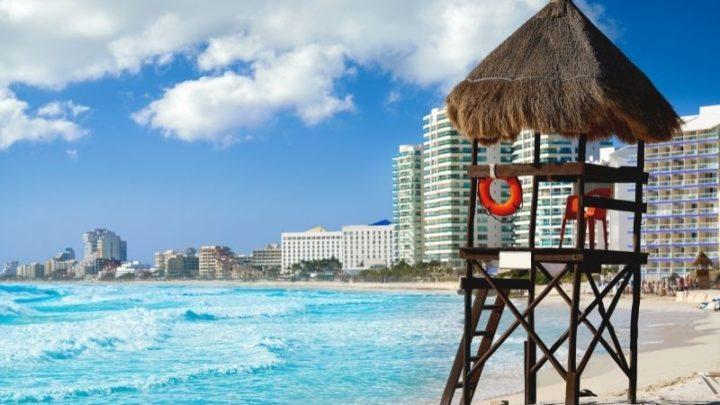 Cancun beach - Cancun weather in August