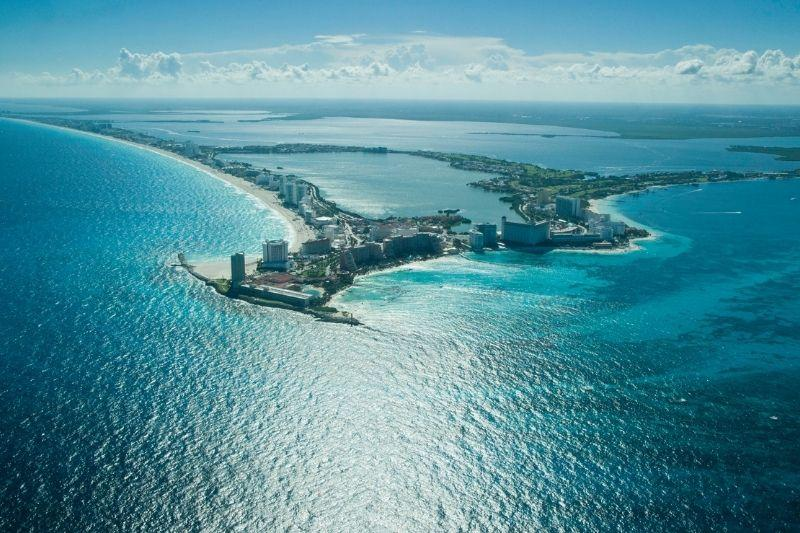Cancun hotel zone overview - Cancun weather in September