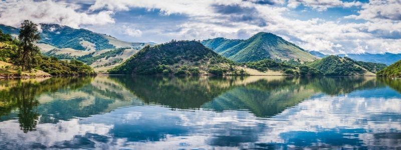 Emigrant Lake panorama view