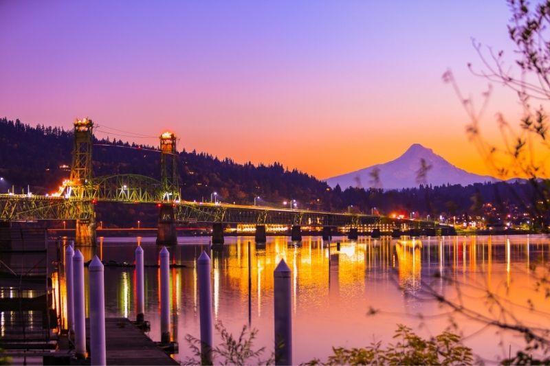 Hood River Oregon at sunset