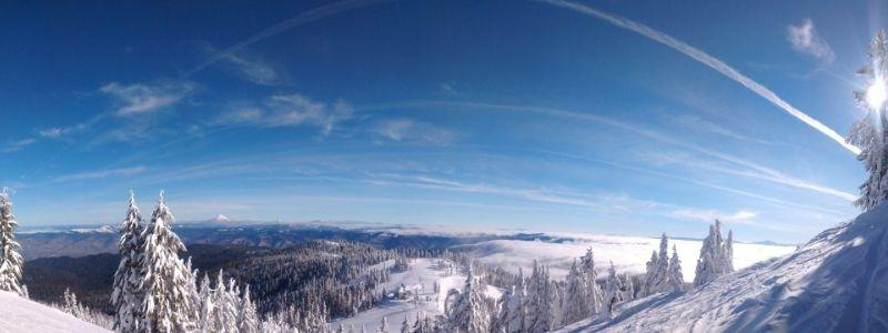 Mt Ashland in snow overview