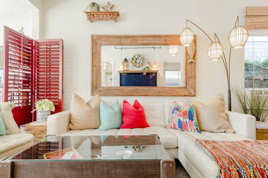 Eclectic cottage living room