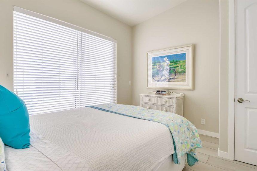 ocean front bed