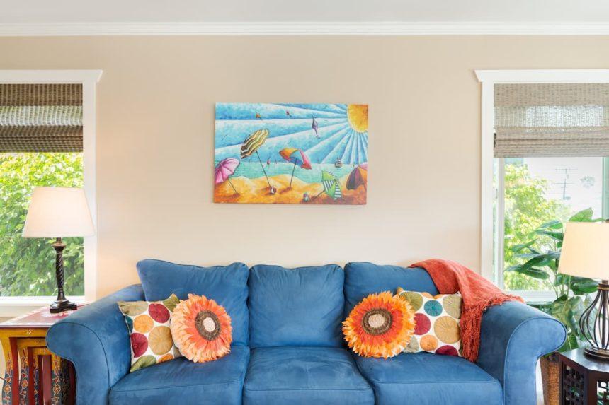 peninsula beach appartment living room
