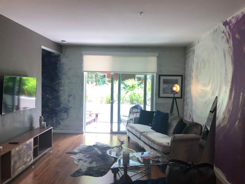 Silver surfer apartment livingroom