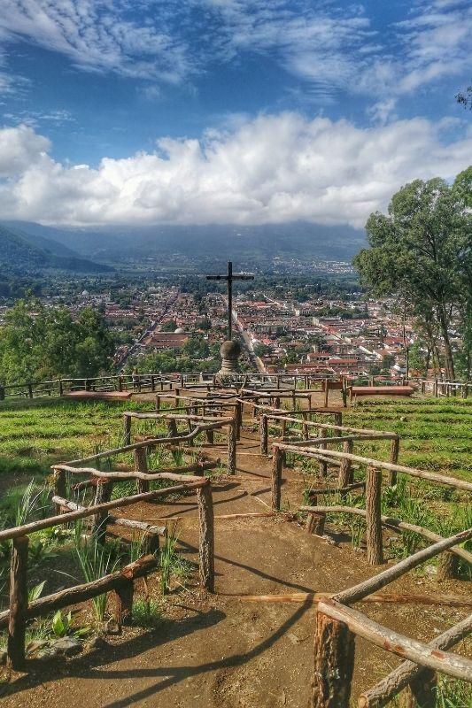 Antigua cerro de la cruz overview