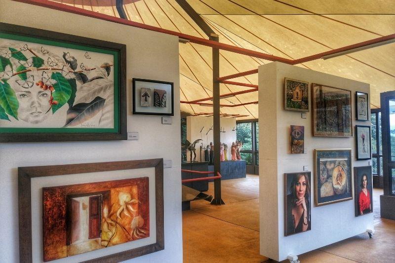 El tenedor - museo del cerro pantings
