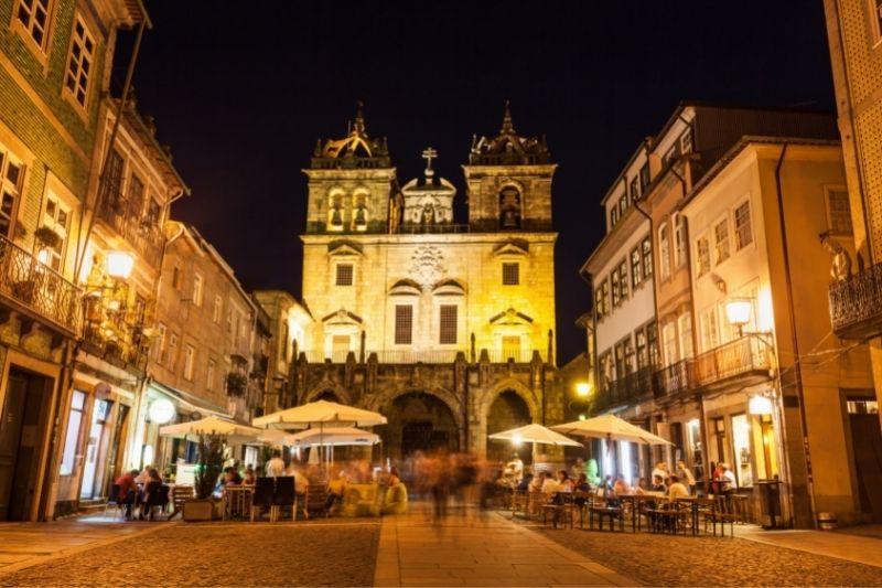 Braga by night