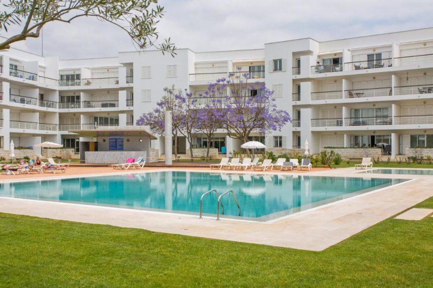 Dom Manuel Apartments