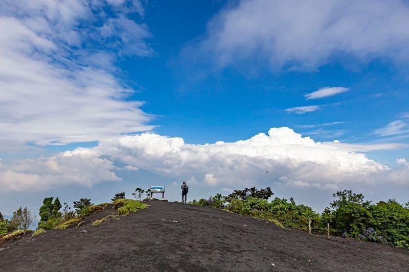 Pacaya Vulcano surroundings