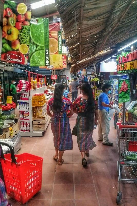 antigua La bodegona supermarket