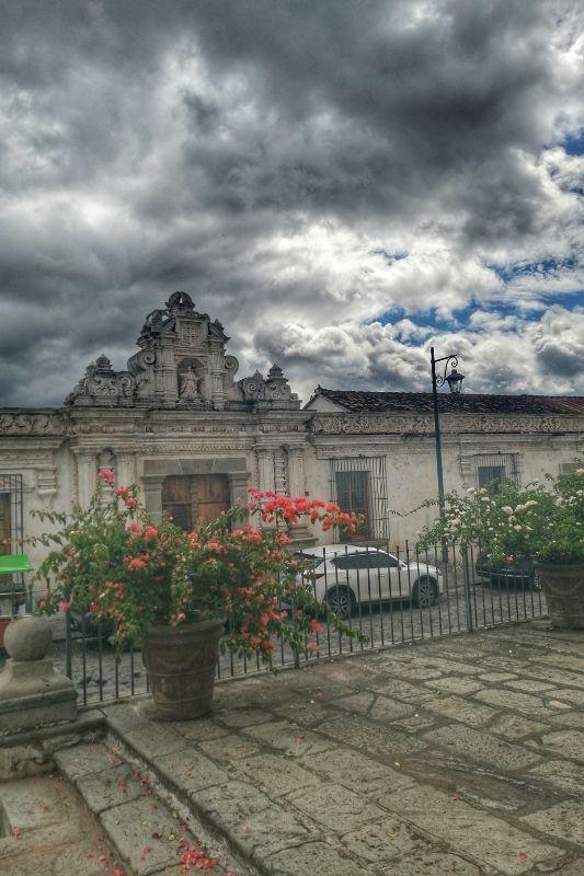 San Carlos University door